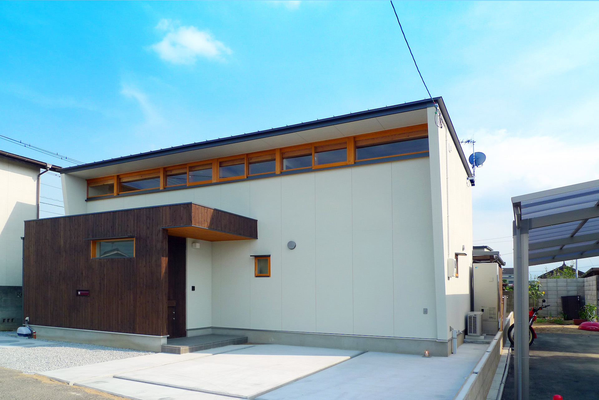 1_001_c_house