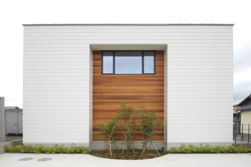 house-design-simbolic-facade